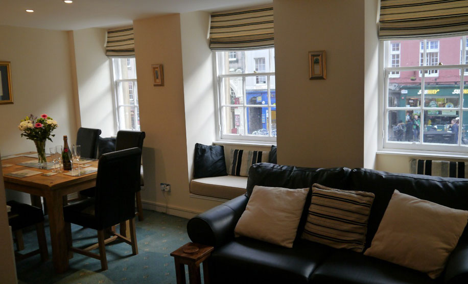 clean and tidy luxury accommodation edinburgh