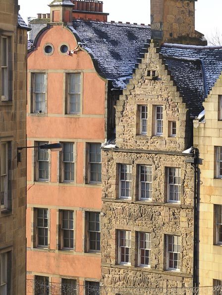 Edinburgh Landmark Trust House - built in 1605