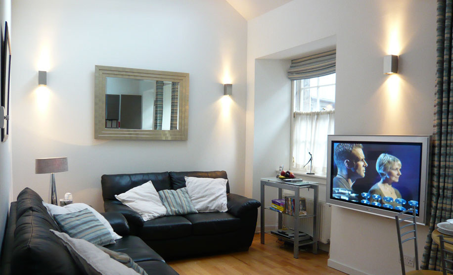 st giles - contemporart and elegant accommodation in the city centre of Edinburgh